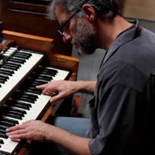 Recording Hammond B3 with Apogee Duet 2 and 2 Neumann KM-86 mics by Apogee Electronics
