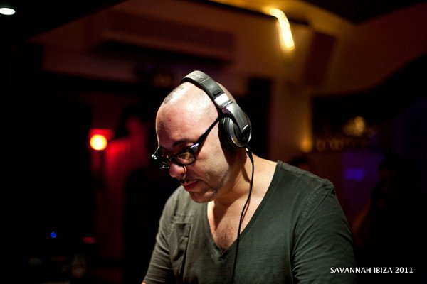 Roger Sanchez presents Release Yourself