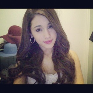 Displaying (20) Gallery Images For Ariana Grande Leaked...