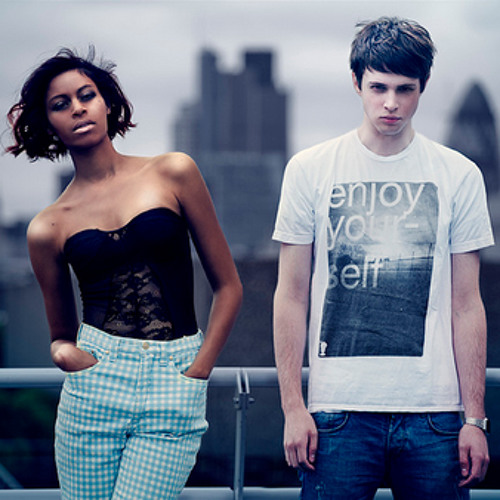 Disclosure feat. Alunageorge – White Noise (Hudson Mohawke Remix)
