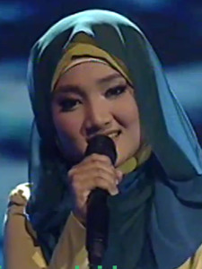 Fatin Shidqia Lubis - Perahu Kertas ( Maudy Ayunda ) Mp3 Download