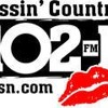Listen to Kissin' Country 102.1