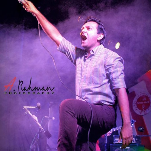 Bikkhubdho Jonota -The Sufis (Live Performed At Robi Singer Hunt Grand Finale) by Tahsan