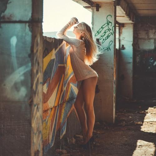 foto-golih-russkih-zhen-doma