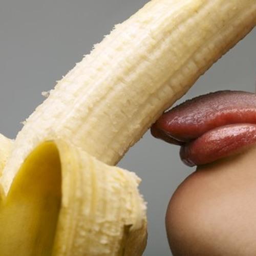 devushki-i-banani-foto