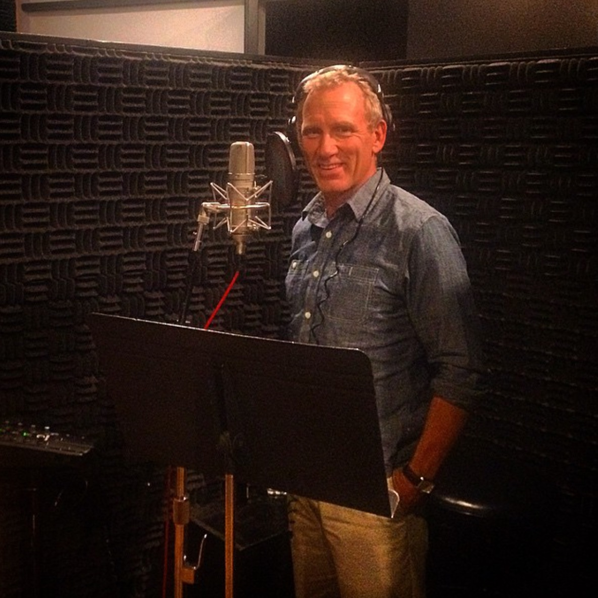 WILL Roberts VOICEOVER DEMO 702 - 481 - 5829