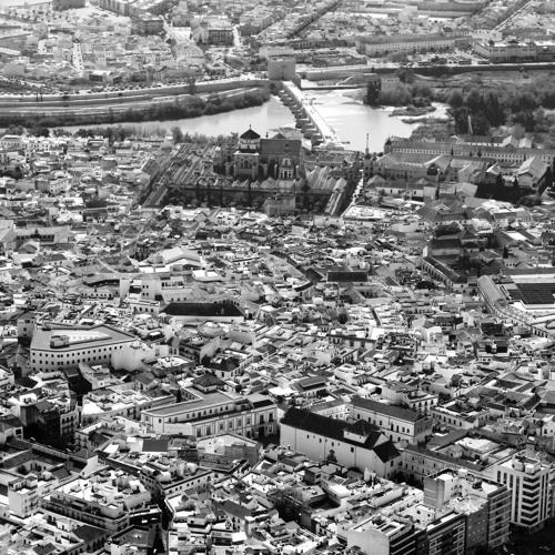 Córdoba: hadira de al-Ándalus. Algo más que el desvaído reflejo de un esplendoroso pasado.