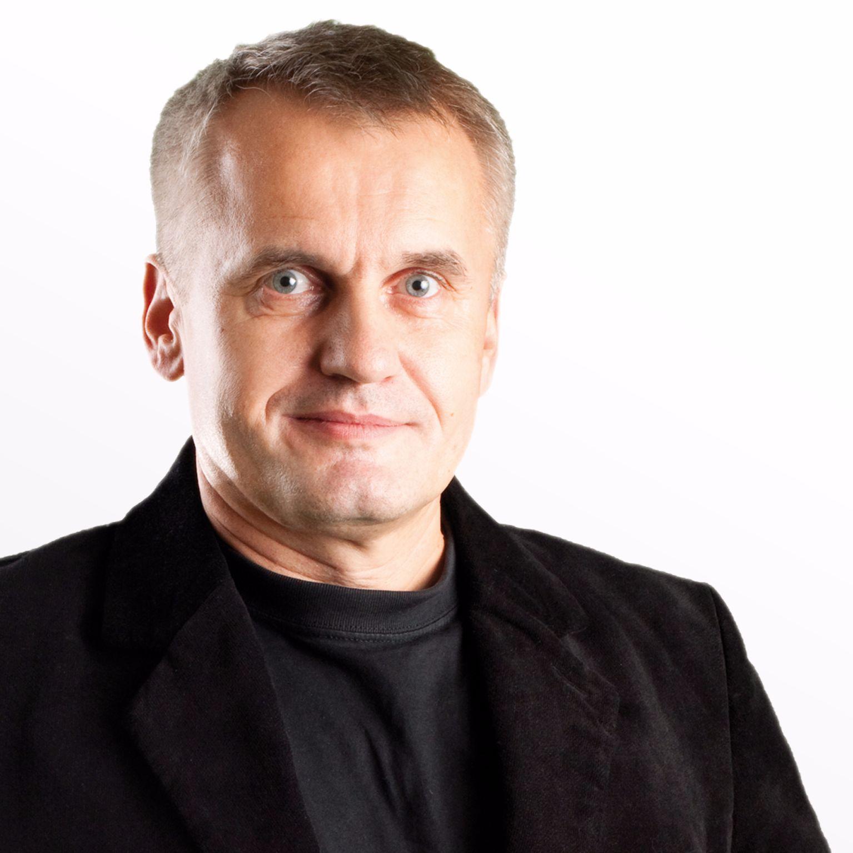 """""""Potęga sytuacji. Psychologia bezrefleksyjnego posłuszeństwa"""" - prof. dr hab. Dariusz Doliński"""
