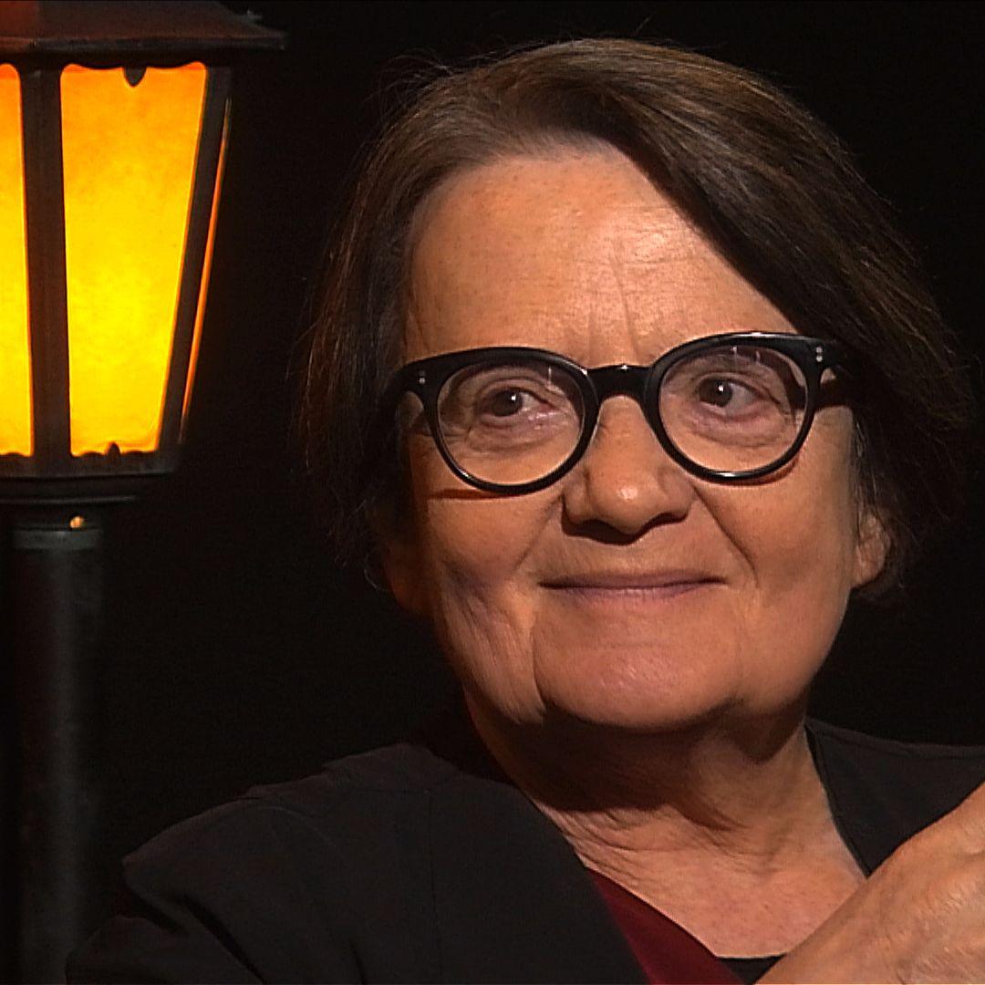 .pod lampou: Agnieszka Holland o triumfe strachu a nádeji Západu