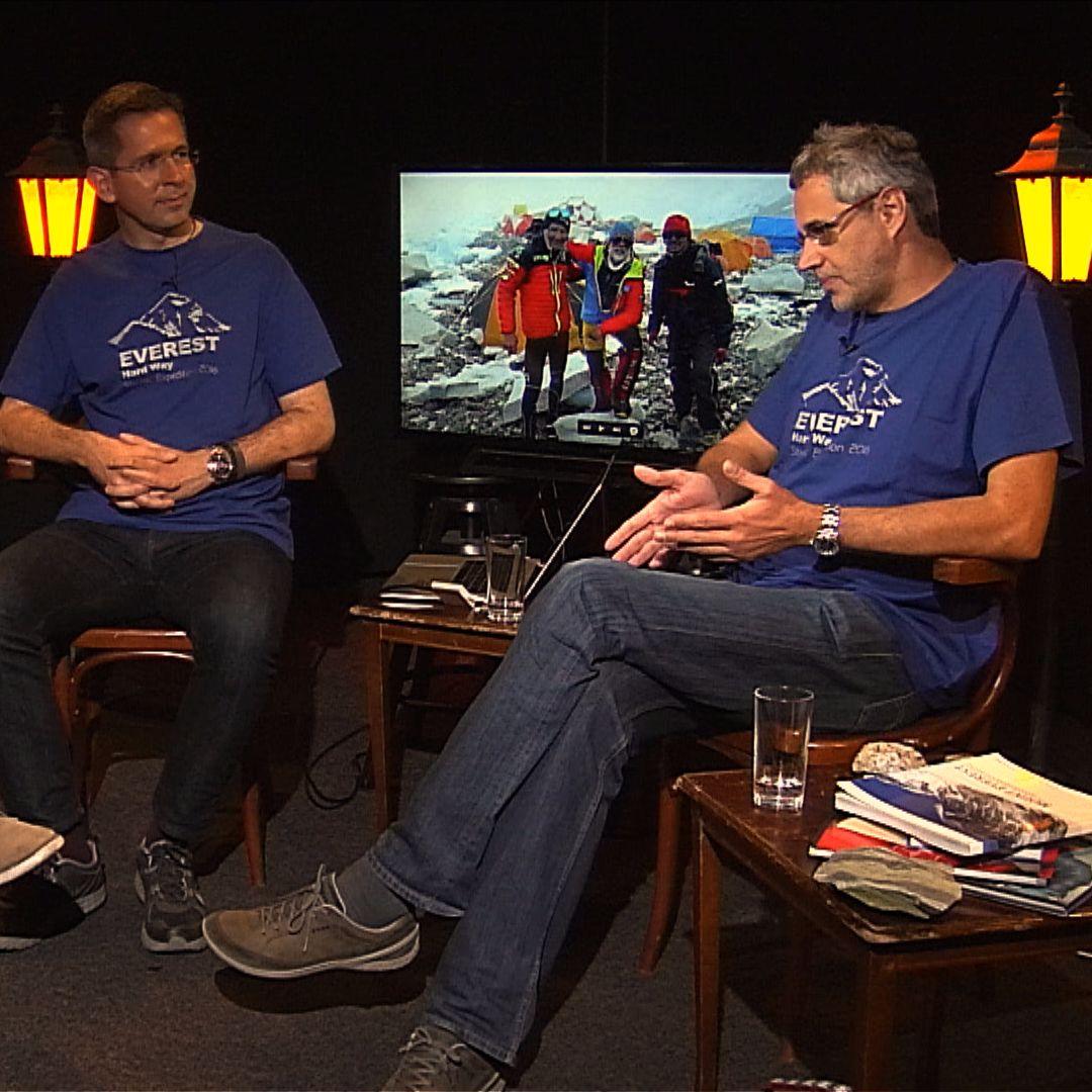 .pod lampou: Život a smrť na Evereste
