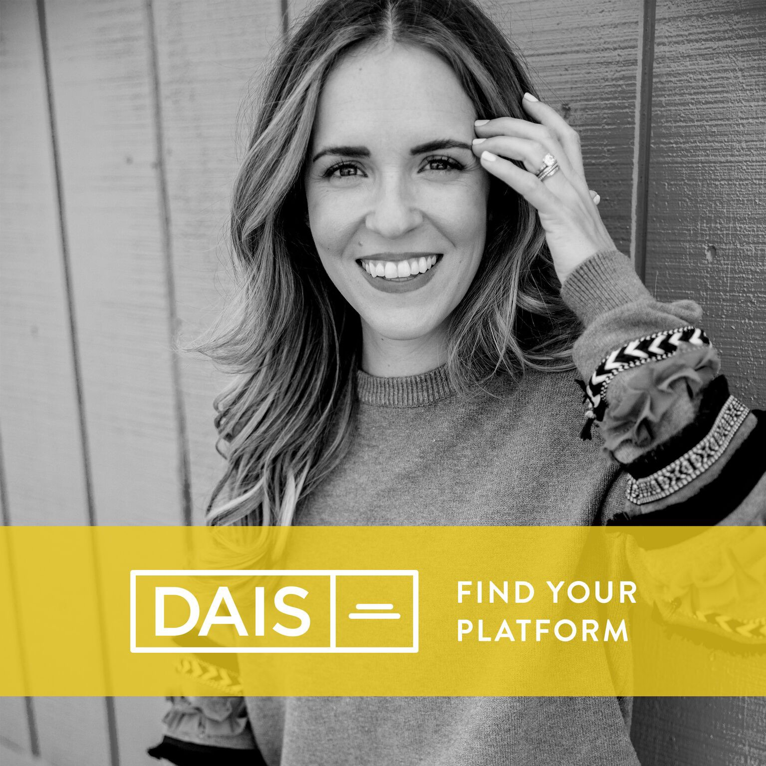 19: Does What You Wear Really Matter? The Psychology of Dressing Well with Stylist Toi Sweeney