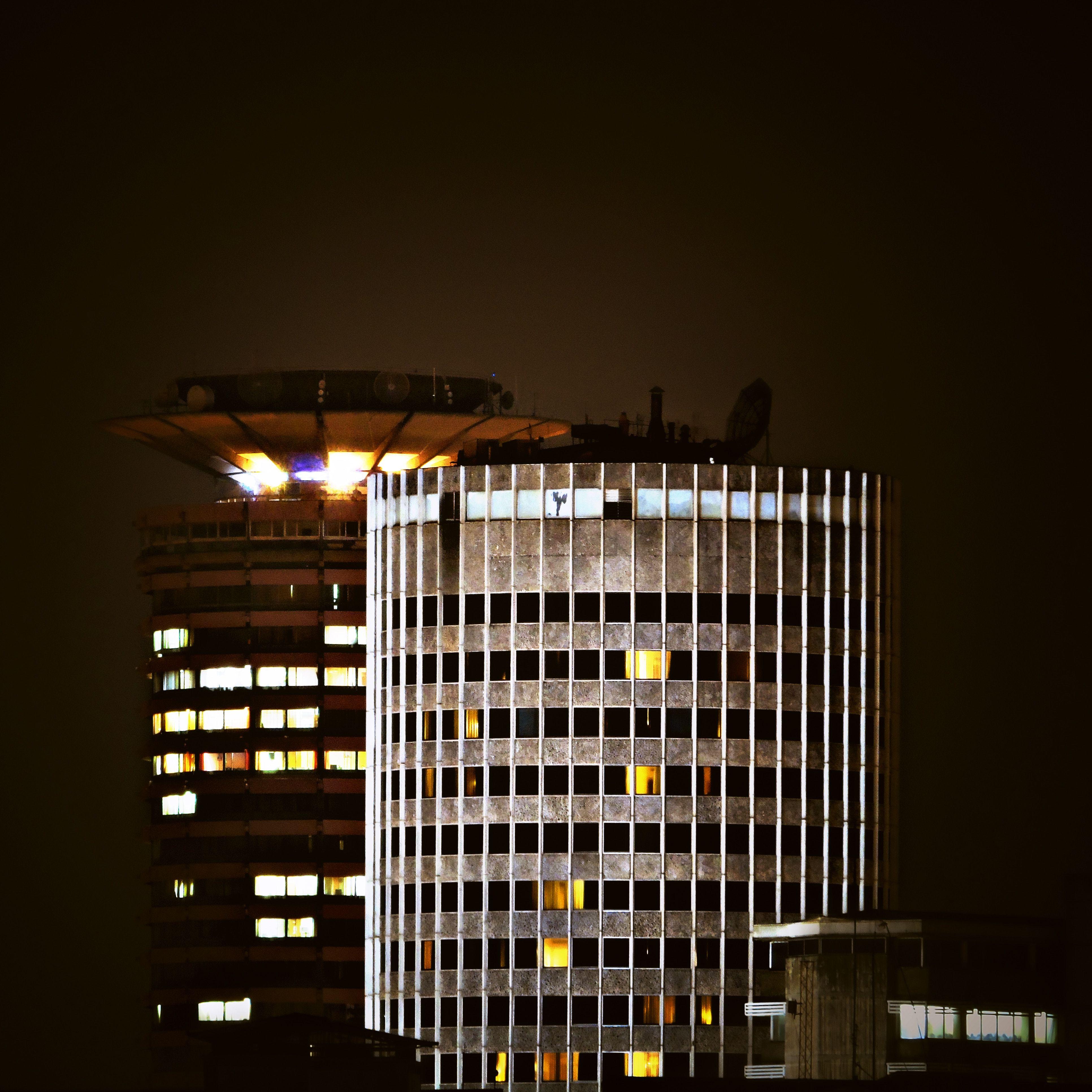 South Africa's New Banking Wave + Huawei Or The Highway? + Kenyan Repat Diaries feat. Mark Karake