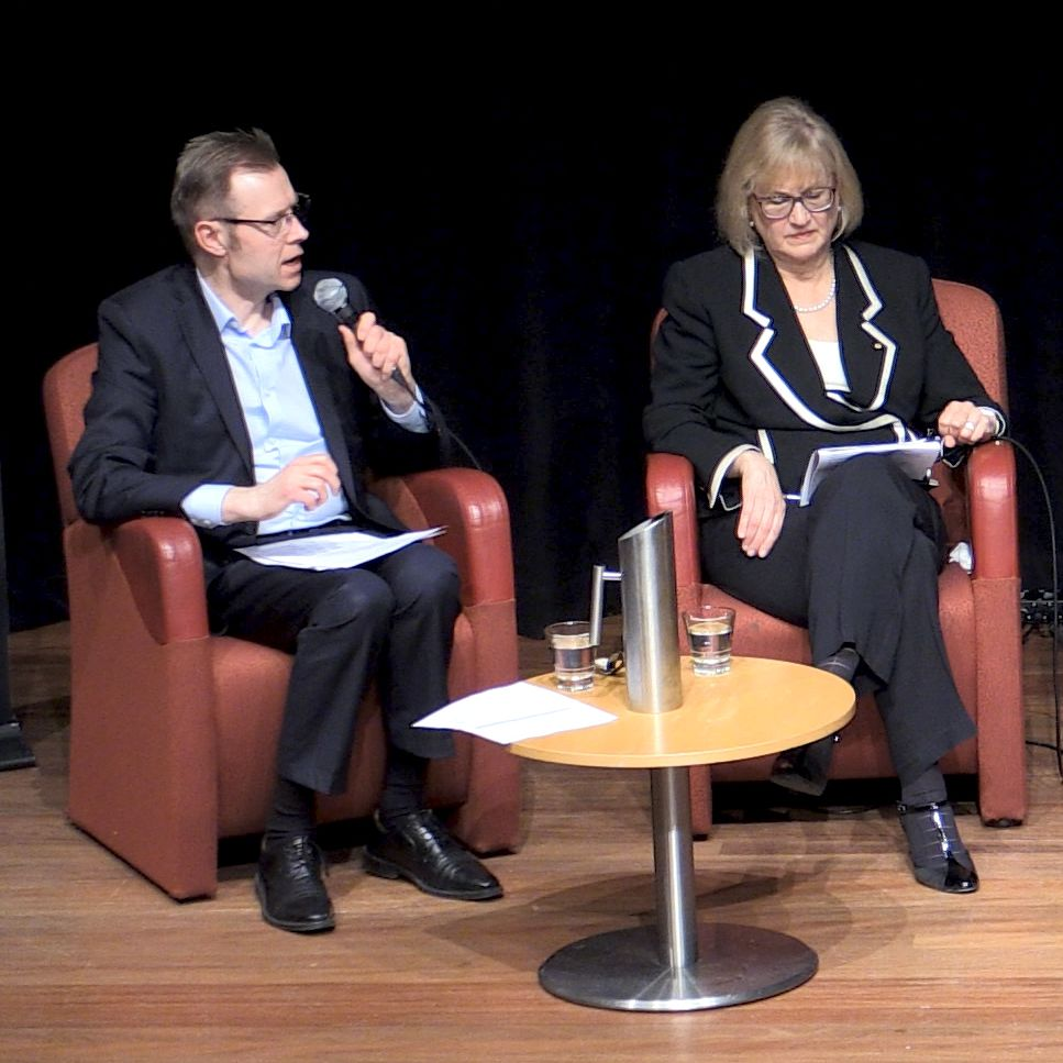 The choice between vocational and higher education - event recording