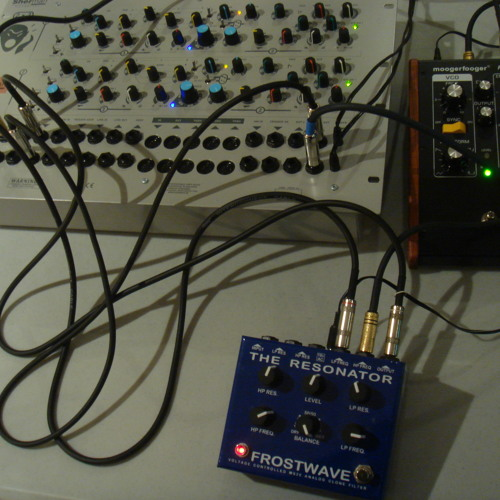 Frostwave Resonator, modulated by Freqbox and Sherman.