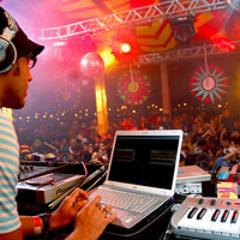 Kuduro Session(ao vivo na tenda eletrônica  Pólo Mangue - Carnaval 2008)