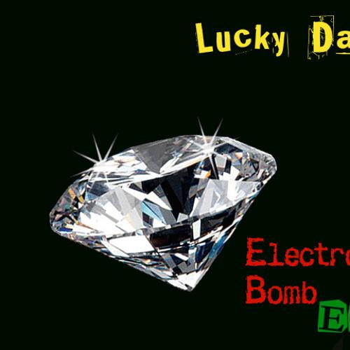 Lucky Date-August Mix