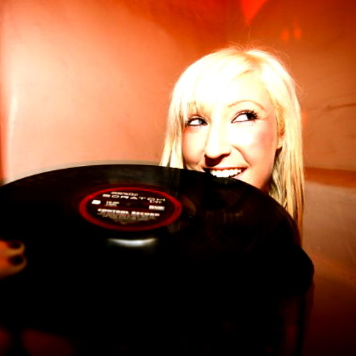 """Gimme a Break"" Live Set DJ Miss Dust"