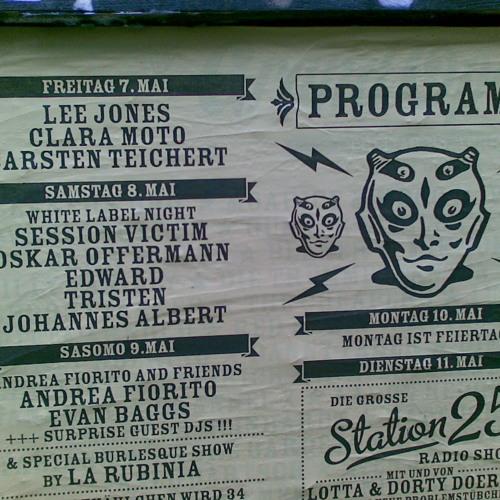 Session Victim DJing live at Bar25 - May 8 2010