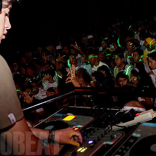 Sheeqo Beat (3Ball Monterrey Mexico)