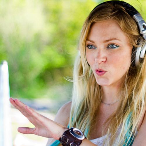 DJ ANNELI - Daylight Techno