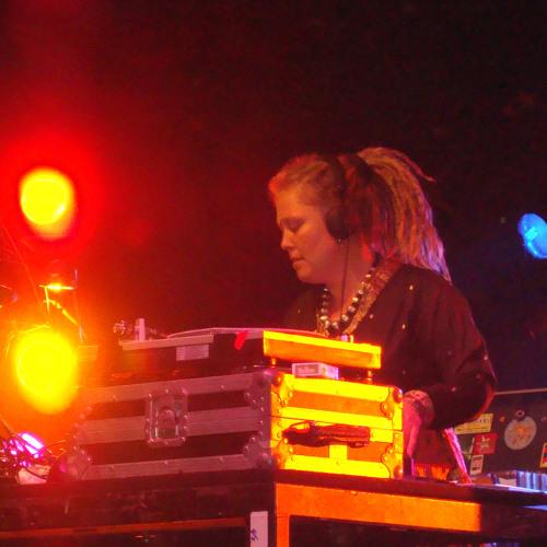 DJ POLYESTA  afrolatina mix