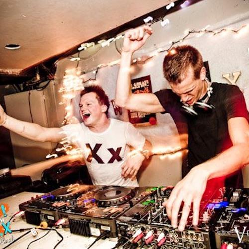 EDM DJ Mixes