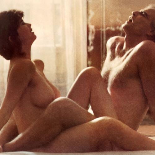 prochitat-eroticheskie-stseni-lyubovnie