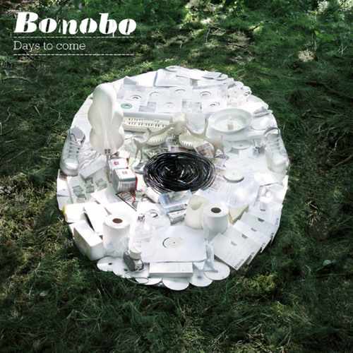 Bonobo - Walk In The Sky (feat. Bajka)
