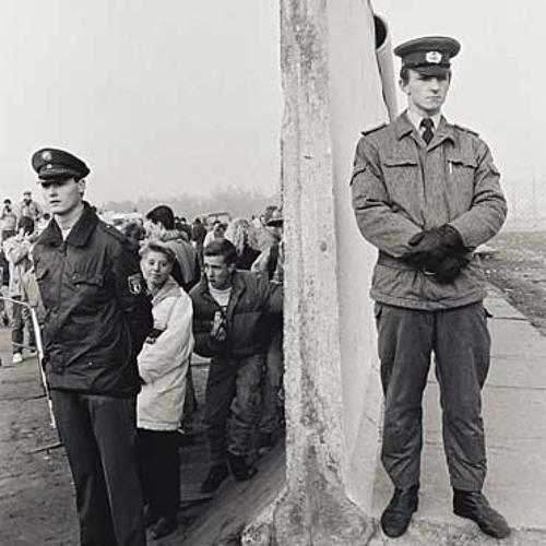 Zwischen den Staaten - Neuorientierung 1990