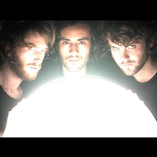 Midnight juggernauts - Virago (Stefanger is in da house remix)