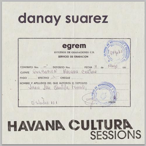 Danay Suarez - Hay Un Lugar