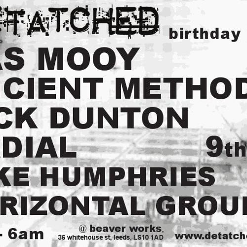 Bas_Mooy_@_Detatched_Leeds_UK_09_10_2010