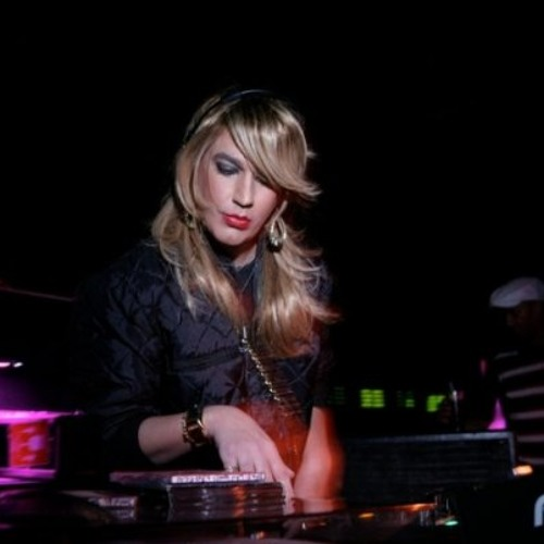 Leiloca Pantoja @ Freak-Chic (Live) - Clube D-Edge (SP) Parte 2 (Abril/2010)