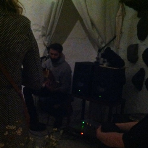 Guy + guitar at Semidomesticated on Saturday evening