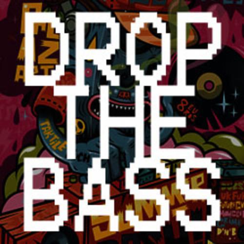 Chris Bloomfield - Drop The Bass (Looks Like Yoda Remix)