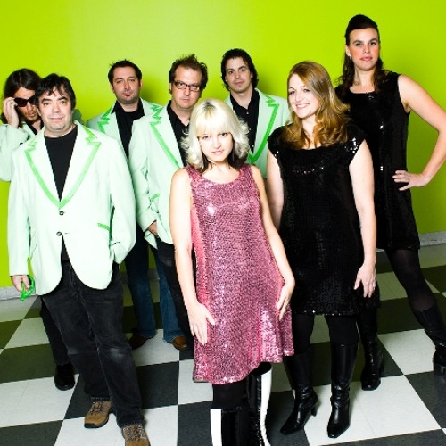 Jenny Dee and the Deelinquents - Keeping Time