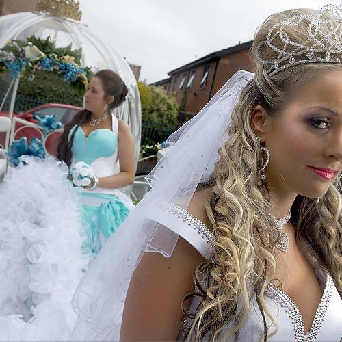Big Fat Gypsy Weddings - Pretitles