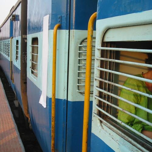 India Train Ride Goa-Aurangabad Feb 2004