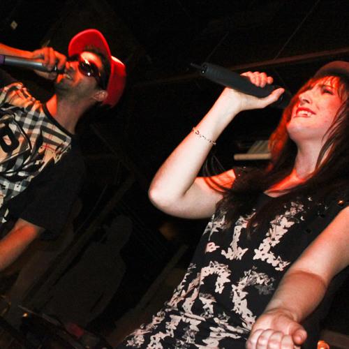 Jaula Vacía & Nina Blood @ City Arms (Vic City)