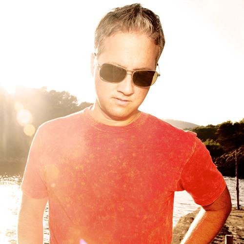 Robbie Rivera - Rock The Disco (David Guetta Remix)
