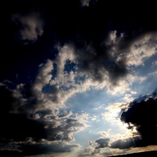 Clouds Hustle Mix