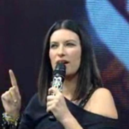 Strani amori- DUE Laura Pausini & Tiziano (live)