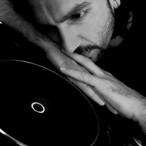 DJ Tarkan - No Smoking (October 6, 2010)