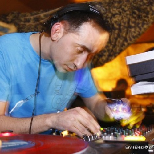 Cosmo session 007 guest Zotist on Ibiza Global Radio 22-03-11