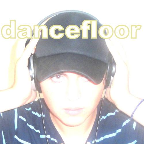 DJ Dancefloor ft 50cent ft eminem, Cashis, Lloyd Banks - You Dont Know (Remix)