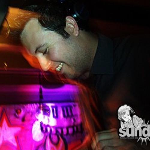 SUNDAE BNE..Cosmo Cater..2011-03-27