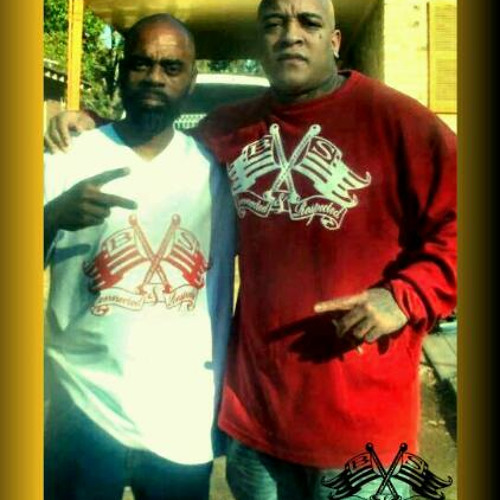 AMERICAN GANGSTER (FREEWAY RICKY ROSS) SPEAKS ON CONNECTED & RESPECTED CLOTHING LINE.