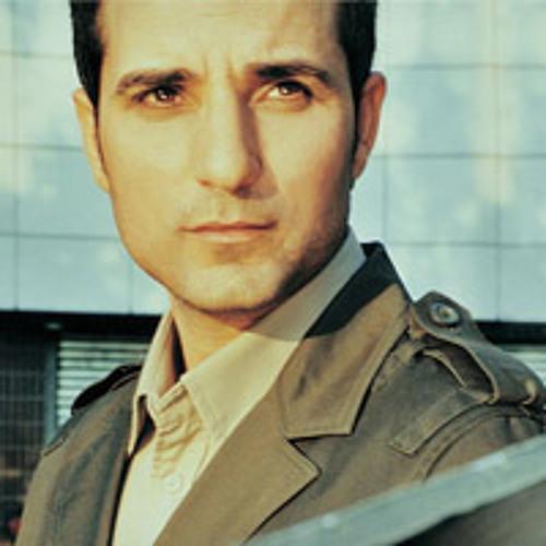 Şanışer ft Rafet El Roman- Bir Melek Diliyorum