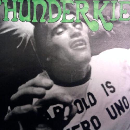 02 - Thunderkief - Hotel Coral Essex