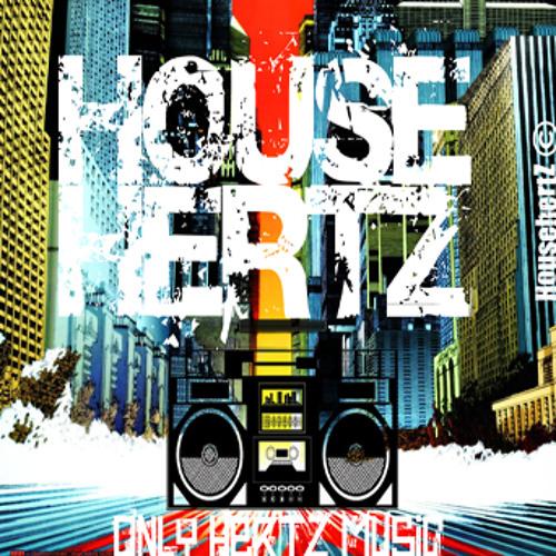 Chris Brown - Look At Me Now Feat. Lil Wayne & Busta Rhyme (Exclusive HousehertZ Radio Smax Remix)